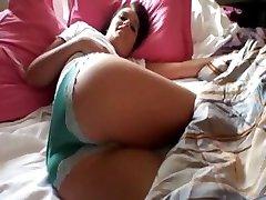 Seksīga amatieru Chloe Banku pirmo reizi anālais, bet filmēja