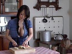 दूध रसोई घर में