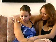 Bohyne rozkosi - lesbians
