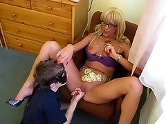 Russian guy lick mistress pussy
