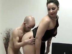 Midget fuck beauty slut