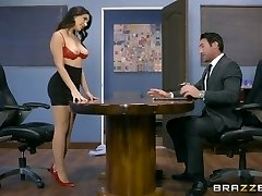 Brazzers - Valentina Nappi gets a hardcore office fucking
