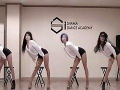 Figlie dell'Asia Orientale e Sud-coreana, Danza Troup (mi)