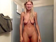 Bitch with saggy tits has huge breakdown on livecam