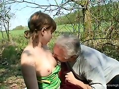 Flamboyant fledgling Ivanna gives blowjob to kinky parent before riding him