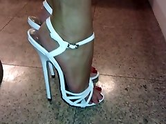Mega highheels on sexy feet