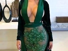 Epic Latina with Glamour