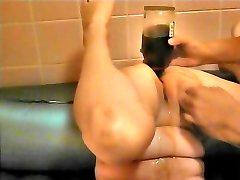 Inserte la botella de brandy en anal