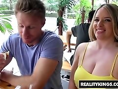 RealityKings - Milf Hunter - Levi Cash Maggie Green - Poon Vi