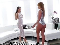 Incredible Rimming, Brunette lovemaking clip