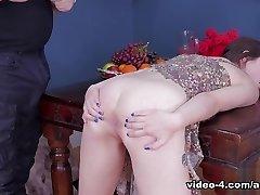 Anastasia Rose in I'm A Lil Chunk Of Filth On The Floor - Assylum
