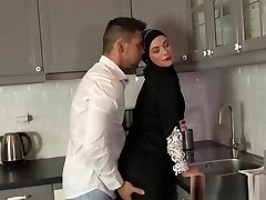 sorpresa sexy per la moglie musulmana