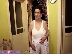 granny with big boobs has joy