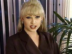 T-Girl Domina-Bitch Brandy Scott
