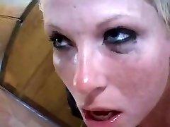 Duński blondynka dławiki