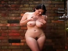 Hotty sexy babeTakes A Shower - PORNCAMLIFE COM
