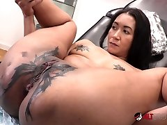 Sindy Ink Horny Tat Session