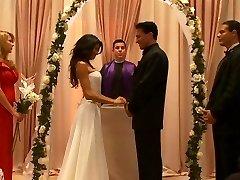 JESSICA MOORE - BRIDE Plowers