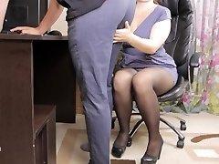 Teenie lady boss seduced her employee and gave him cum in panties