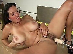 Red-hot Mature And Machine