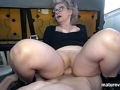 Veronique Ultra-kinky Granny Cant Wait For You