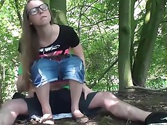 Stefanie Heinzmann look-alike im Wald durchgerammelt!