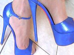 Novi plave štikle