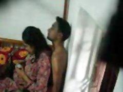 22 lovers hidcam