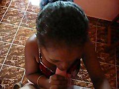 crni tinejdžer sobarica sucl me u hotelu Madagaskar 2