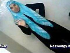 Šuká a filmy jeho Arabské panna přítelkyně doma