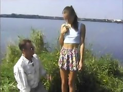 STP4 mršavi tinejdžer voli zajebavati na svježem zraku !