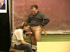 Teen ucenice 18+ i dlakave učitelj