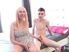 Pregnant blonde milf fullfills her fantasy: Fucking Jordi
