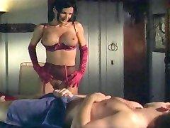 Sydnee Steele v sexy spodní prádlo