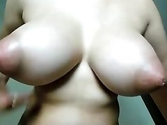 incroyable seins INCREDIBLE TITS