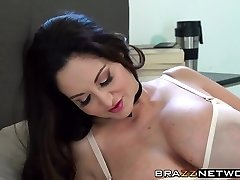 Ava Addams shows the true meaning of being a cougar