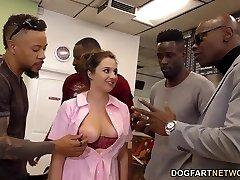 Waitress Elektra Rose Gangbanged By Ebony Clients