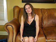 Inexperienced MILF gets assfuck at casting interview