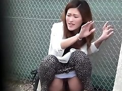 Oriental doxy pee public