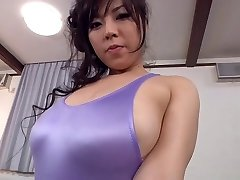बड़े स्तन ट्रेनर होने के लायक़ ऊतक मालिश