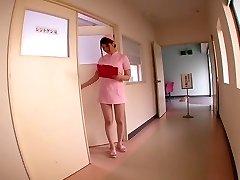 Momoka Nishina में अपने पालतू है एक नर्स के साथ भाग 2.2