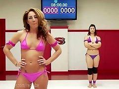 Extraordinary Lezzy Erotic Wrestling