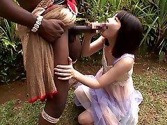 Kanon Tachibana में Kanon वार जनजातियों के मुखिया - TeensOfTokyo