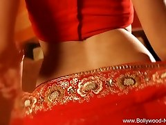 Bollywood Queen Of Erotic Dance Wondrous  MILF