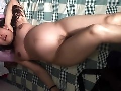 Chinese girlfriend prego dancing naked in china