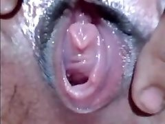 CLOSEUP WET SLIT FINGERING