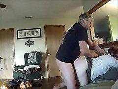 66 let stara kurba, linda