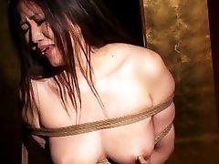 Risa Sakamoto en Esclavo Maestro parte 3