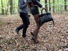 pokoran kurba, kurba handcuffed spandex miniskirt extreme