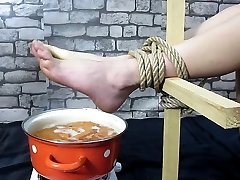 de picioare fierbinte tortură